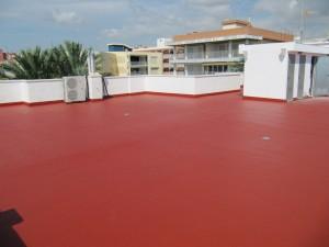 Trabajos para impermeabilizar su cubierta, tejado, terraza.